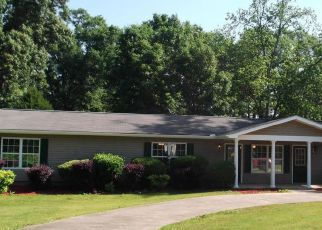Foreclosed Home in Valley 36854 FOSTER CIR - Property ID: 4258771713