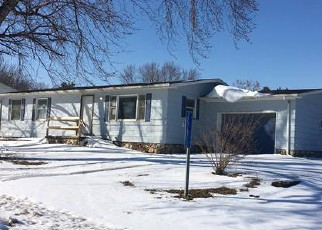 Foreclosed Home in Sioux City 51108 MAIN ST - Property ID: 4259011728