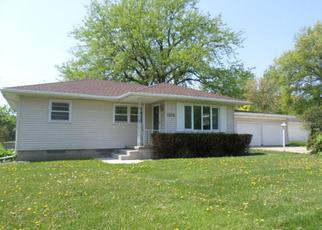 Foreclosed Home in Waterloo 50701 PLEASANT VALLEY DR - Property ID: 4259906497
