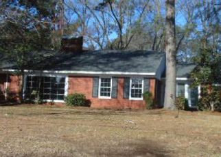 Foreclosed Home in Kinston 28504 CAMBRIDGE DR - Property ID: 4260094389
