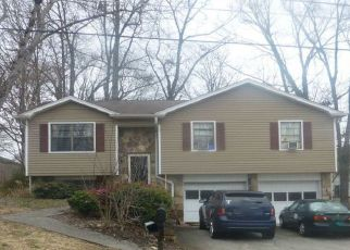 Foreclosed Home in Knoxville 37923 WAYNESBORO LN - Property ID: 4260236736