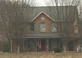 Foreclosed Home in Hagerstown 21740 CASTLE HILL RD - Property ID: 4260679973