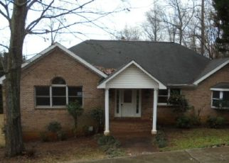 Foreclosed Home in Greer 29650 SARATOGA DR - Property ID: 4260765360
