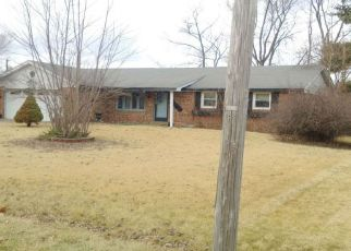Foreclosed Home in Anderson 46013 HAROLD ST - Property ID: 4261237953