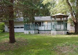 Foreclosed Home in Dunkerton 50626 CUNNINGHAM RD - Property ID: 4262377998