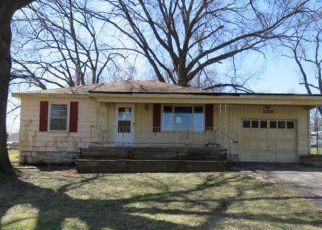 Foreclosed Home in Kansas City 66106 S 52ND ST - Property ID: 4262406901