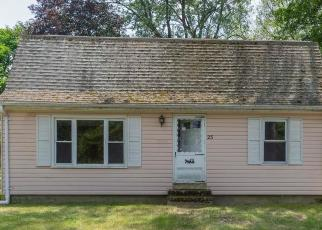 Foreclosed Home in Oxford 01540 LINDEN ST - Property ID: 4262547484