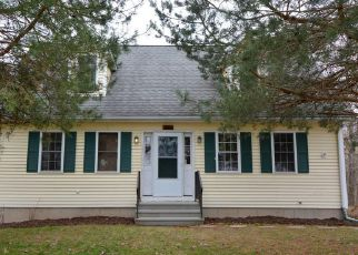 Foreclosed Home in Glastonbury 06033 HILLSTOWN RD - Property ID: 4263868407