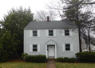 Foreclosed Home in Wethersfield 06109 WOLCOTT HILL RD - Property ID: 4263907390