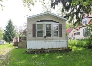 Foreclosed Home in Waldo 53093 W 1ST ST - Property ID: 4264144333