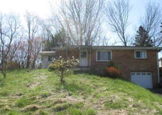 Foreclosed Home in Mckeesport 15135 RIDGE RD - Property ID: 4264964218