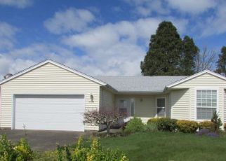 Foreclosed Home in Woodburn 97071 MULBERRY DR - Property ID: 4265036934