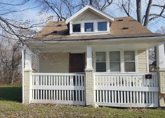 Foreclosed Home in Detroit 48204 MANOR ST - Property ID: 4265965427
