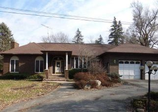 Foreclosed Home in Almont 48003 W SAINT CLAIR ST - Property ID: 4266007479