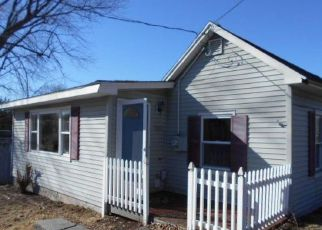 Foreclosed Home in Milford 06460 PUMPKIN DELIGHT RD - Property ID: 4266569393