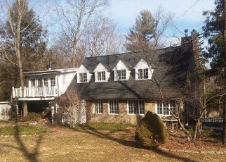 Foreclosed Home in Wilton 06897 W MEADOW RD - Property ID: 4266644736