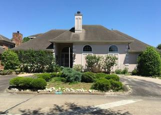 Foreclosed Home in Stafford 77477 COUNTRY CLUB BLVD - Property ID: 4267708569