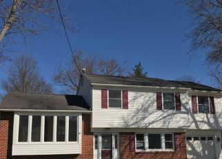 Foreclosed Home in Marlton 08053 KNOX BLVD - Property ID: 4268061580