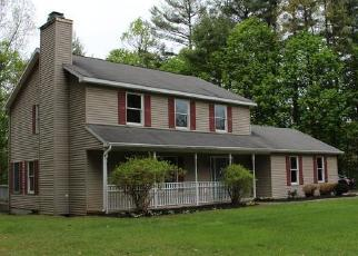 Foreclosed Home in Ballston Spa 12020 PINEBROOK DR - Property ID: 4268784223
