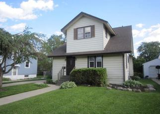 Foreclosed Home in Kenosha 53143 70TH ST - Property ID: 4269300606