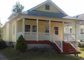 Foreclosed Home in Haddon Heights 08035 4TH AVE - Property ID: 4270642106