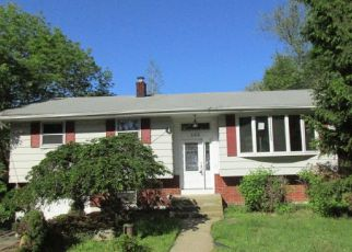Foreclosed Home in Long Valley 07853 DRAKESTOWN RD - Property ID: 4271448875
