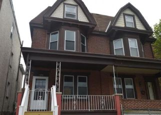 Foreclosed Home in Norristown 19401 SWEDE ST - Property ID: 4271728741