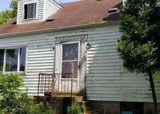 Foreclosed Home in Pittsburgh 15235 HILL ST - Property ID: 4271891212
