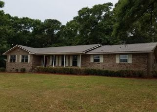 Foreclosed Home in Headland 36345 SHIRAH DR - Property ID: 4272081298