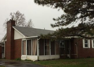 Foreclosed Home in Shelbyville 46176 W PENNSYLVANIA ST - Property ID: 4272264368