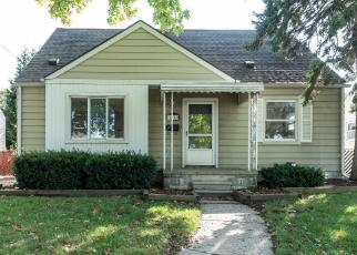 Foreclosed Home in Roseville 48066 MAYFIELD ST - Property ID: 4272425101