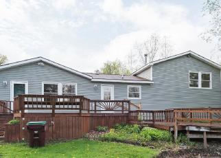 Foreclosed Home in Orchard Park 14127 CHESTNUT RIDGE RD - Property ID: 4272714161