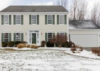 Foreclosed Home in Fairport 14450 CHADWICK MNR - Property ID: 4272729502