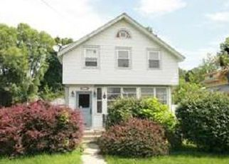 Foreclosed Home in Wallkill 12589 BUENA VISTA AVE - Property ID: 4272760604