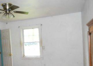Foreclosed Home in Spotsylvania 22551 RIDGE RD - Property ID: 4272908186
