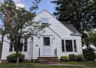 Foreclosed Home in Maple Heights 44137 SOUTH BLVD - Property ID: 4272933149