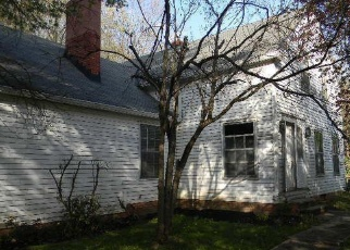 Foreclosed Home in Chagrin Falls 44022 CHAGRIN MILLS RD - Property ID: 4272934474
