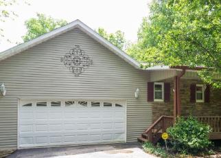 Foreclosed Home in Crossville 38572 CHEROKEE TRL - Property ID: 4273000614