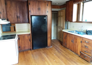 Foreclosed Home in Bainbridge 13733 KIRBY ST - Property ID: 4273610263