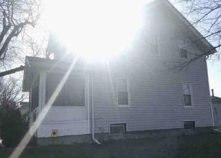 Foreclosed Home in Toledo 43605 IRONWOOD AVE - Property ID: 4274121830