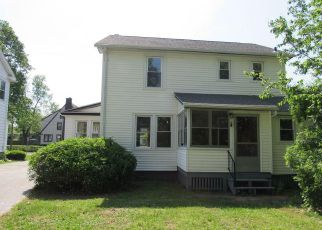 Foreclosed Home in New Britain 06053 STEWART ST - Property ID: 4274844927