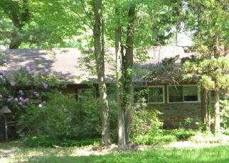 Foreclosed Home in Huntingdon Valley 19006 GRASSHOPPER RD - Property ID: 4275357791