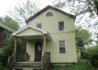 Foreclosed Home in Hartford 06112 MILFORD ST - Property ID: 4276377386