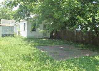 Foreclosed Home in Henderson 42420 POWELL ST - Property ID: 4276639743