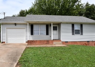 Foreclosed Home in Oak Grove 42262 BUSH AVE - Property ID: 4276643230