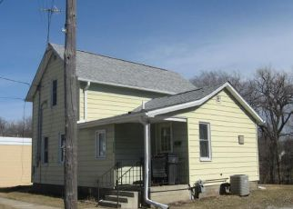 Foreclosed Home in Gilbertville 50634 5TH ST - Property ID: 4276671261