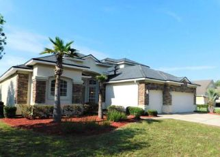 Foreclosed Home in Jacksonville 32258 GREEN MYRTLE DR - Property ID: 4277239312