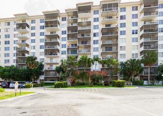 Foreclosed Home in Fort Lauderdale 33319 INVERRARY DR - Property ID: 4277329544