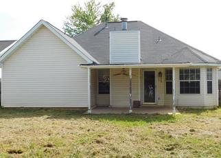Foreclosed Home in Northport 35475 MADISON DR - Property ID: 4277357574