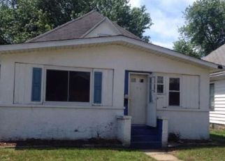 Foreclosed Home in Terre Haute 47804 NORTH AVE - Property ID: 4277494214